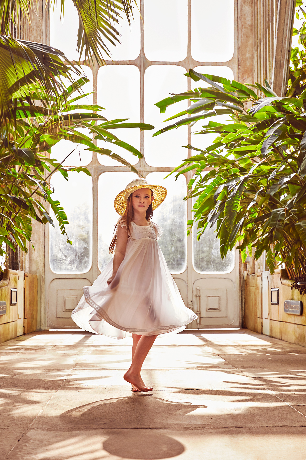 Kew gardens- kids fashion editorial- Emma Tunbridge 5